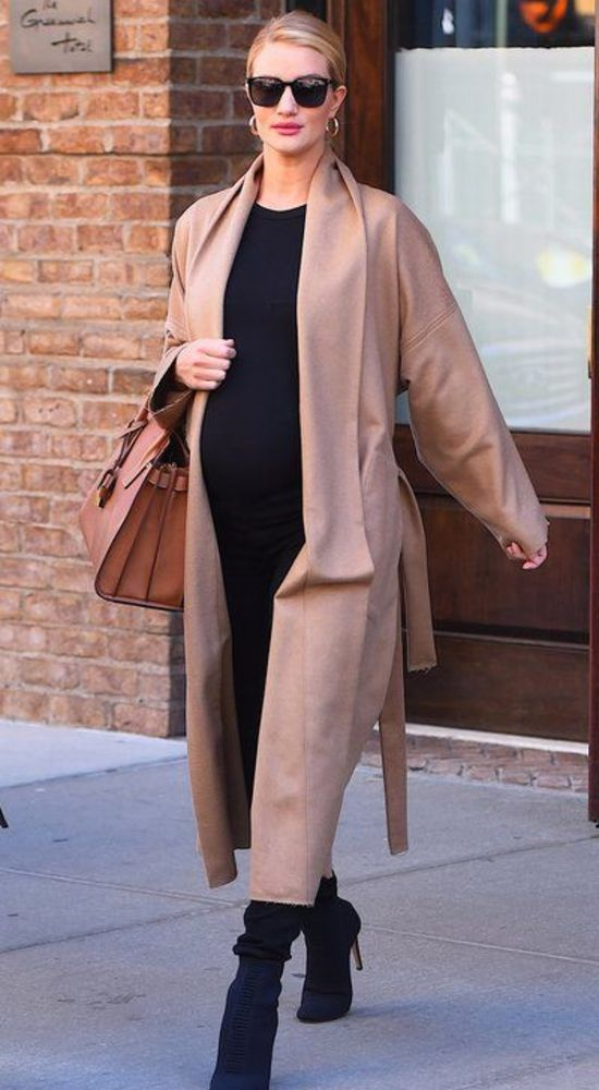 Rosie Huntington Whitley pregnancy outfits