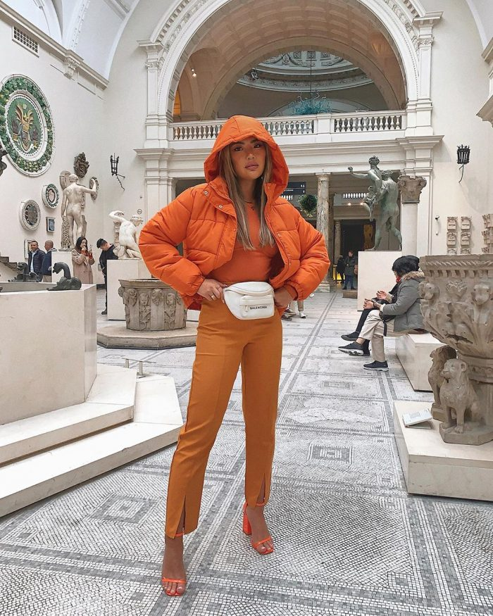 Babes of Missguided orange outfit