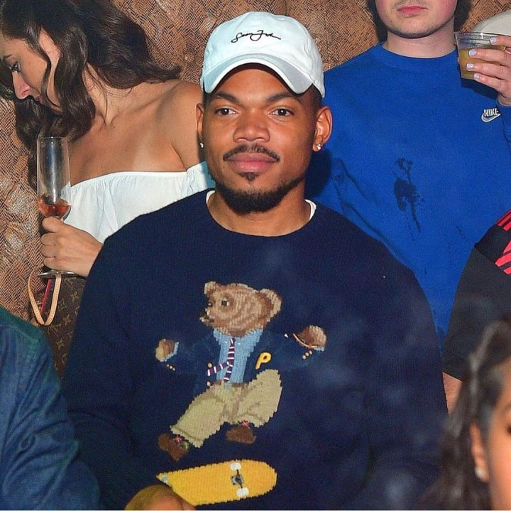 Chance the rapper wearing sean john hat