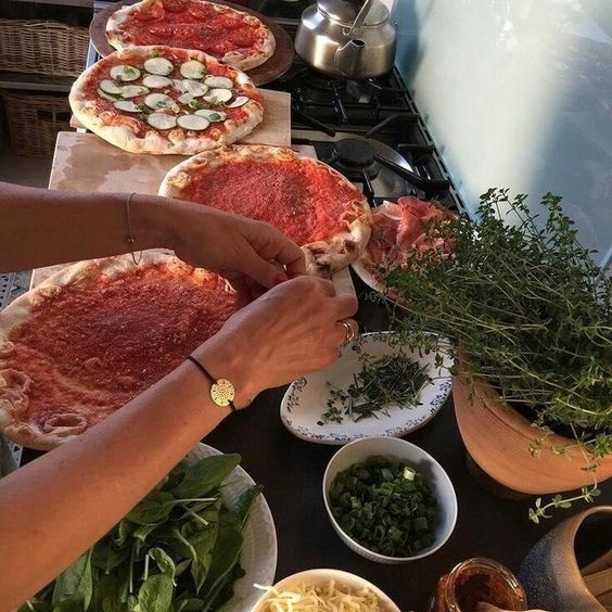 Cooking Pizza Missguided