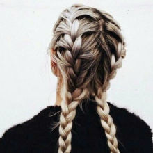 KEEP YOUR PLAIT ON