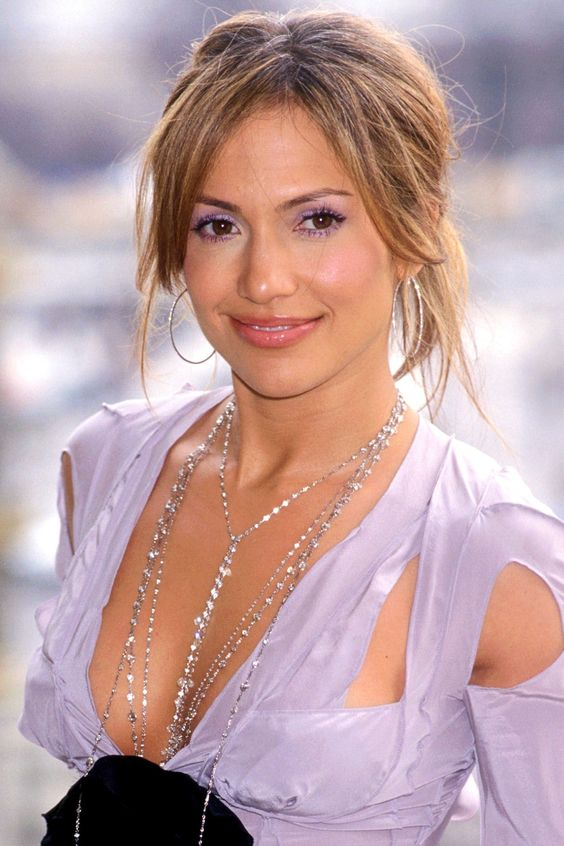 jennifer lopez eyebrows