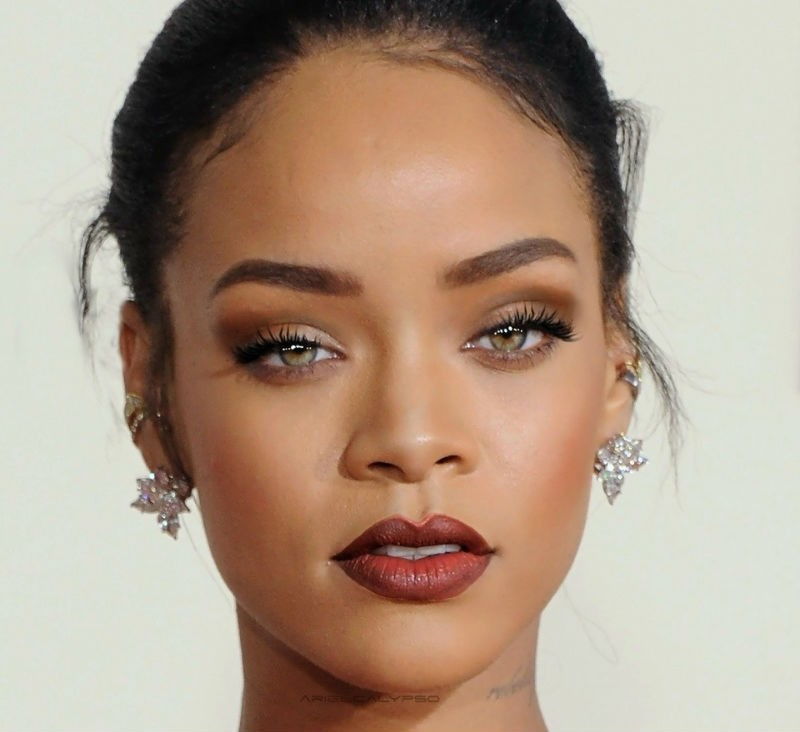 7 celeb beauty looks to try for NYE