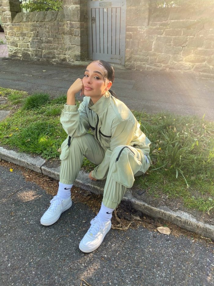 Annie green tracksuit